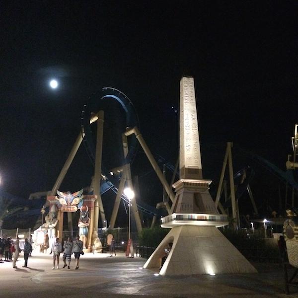 parc-astérix-nocturne