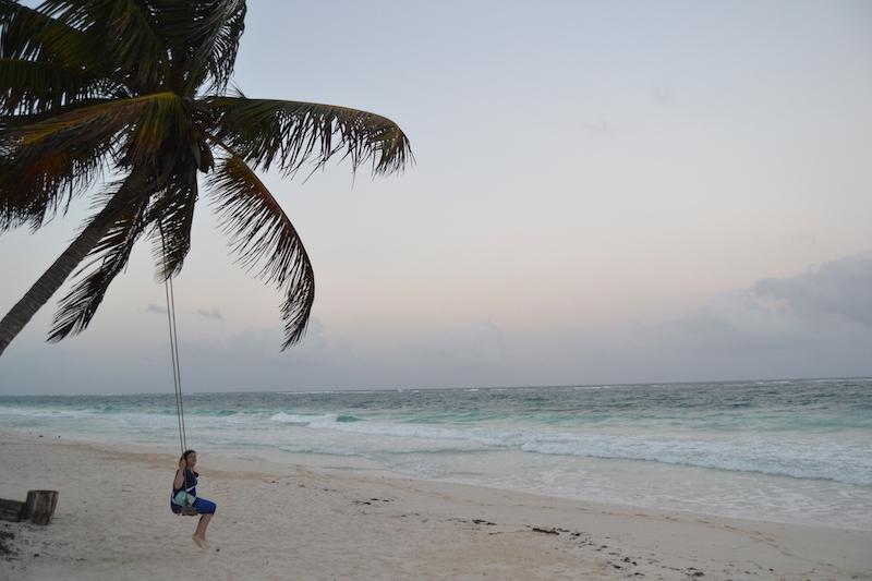 plage-balançoire