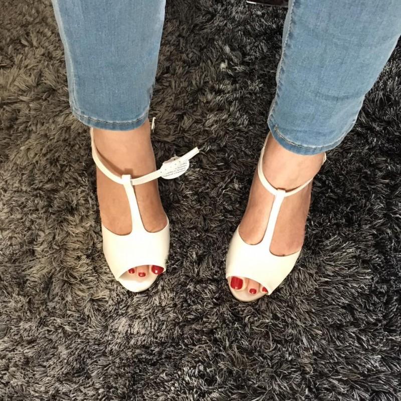 chaussures gauches