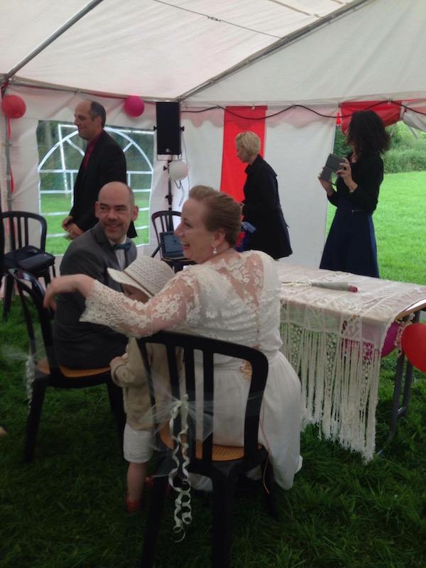 officiante de cérémonie mariage laïque