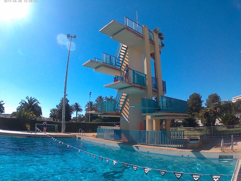 Le plongeoir de 5 m tres for Plongeoir piscine