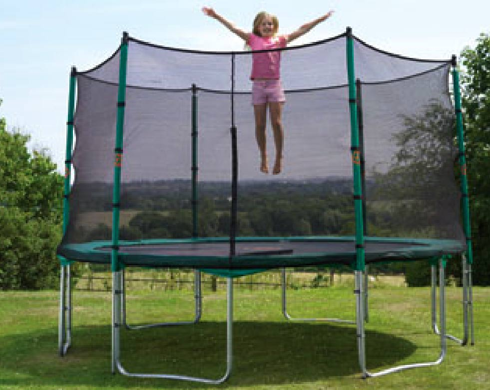 le trampoline un jouet de cas soc. Black Bedroom Furniture Sets. Home Design Ideas